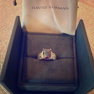 David Yurman Petite Wheaton Ring, Garnet & diamond